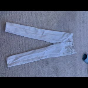 White Abercrombie jeans size 11/12 slim